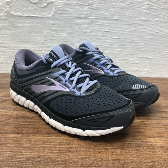 super popular edd0d bdaa7 Brooks Ariel '18 Running Shoes - Women's Size 10 B